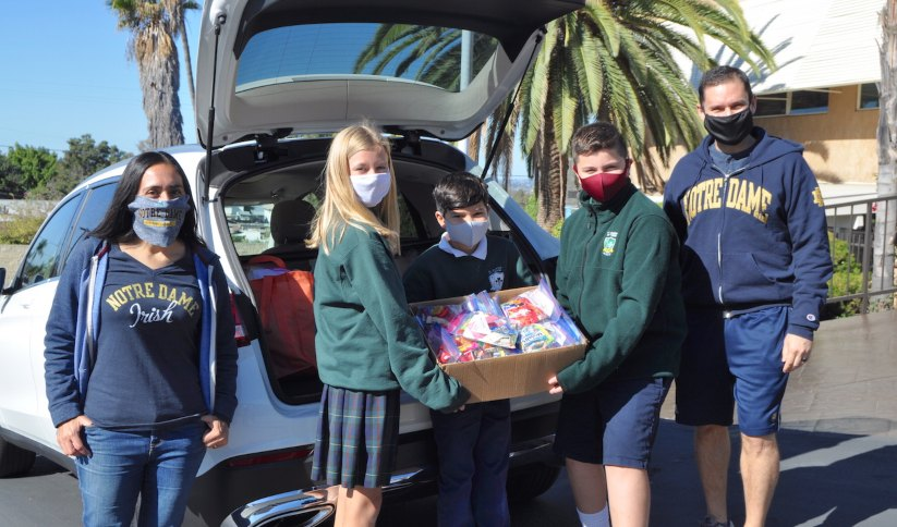 St. Martin of Tours Academy Collects Halloween Candy for Casa de los Pobres